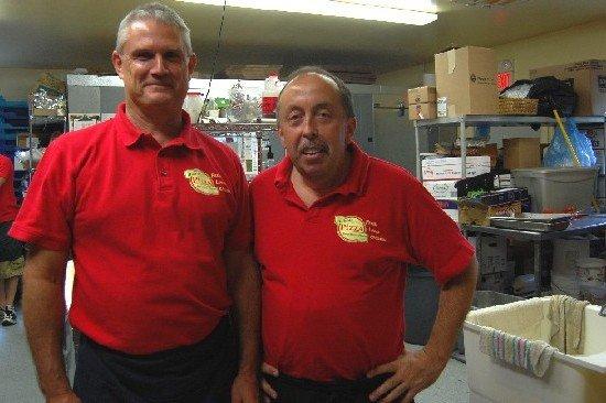 Craig and Bob at Hillside Pizza 001